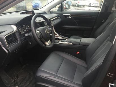 2016 Lexus RX 350 front seat detail