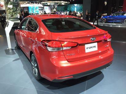 2017 Kia Forte rear 3/4 view