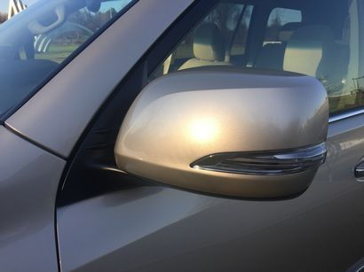 2016 Lexus GX460 outside rearview mirror detail