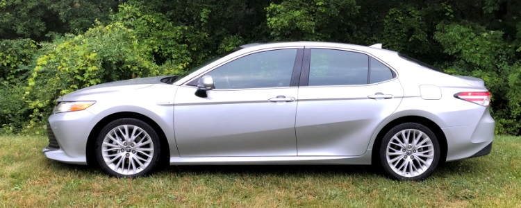 2018 Toyota Camry Hybrid Driving Impressions