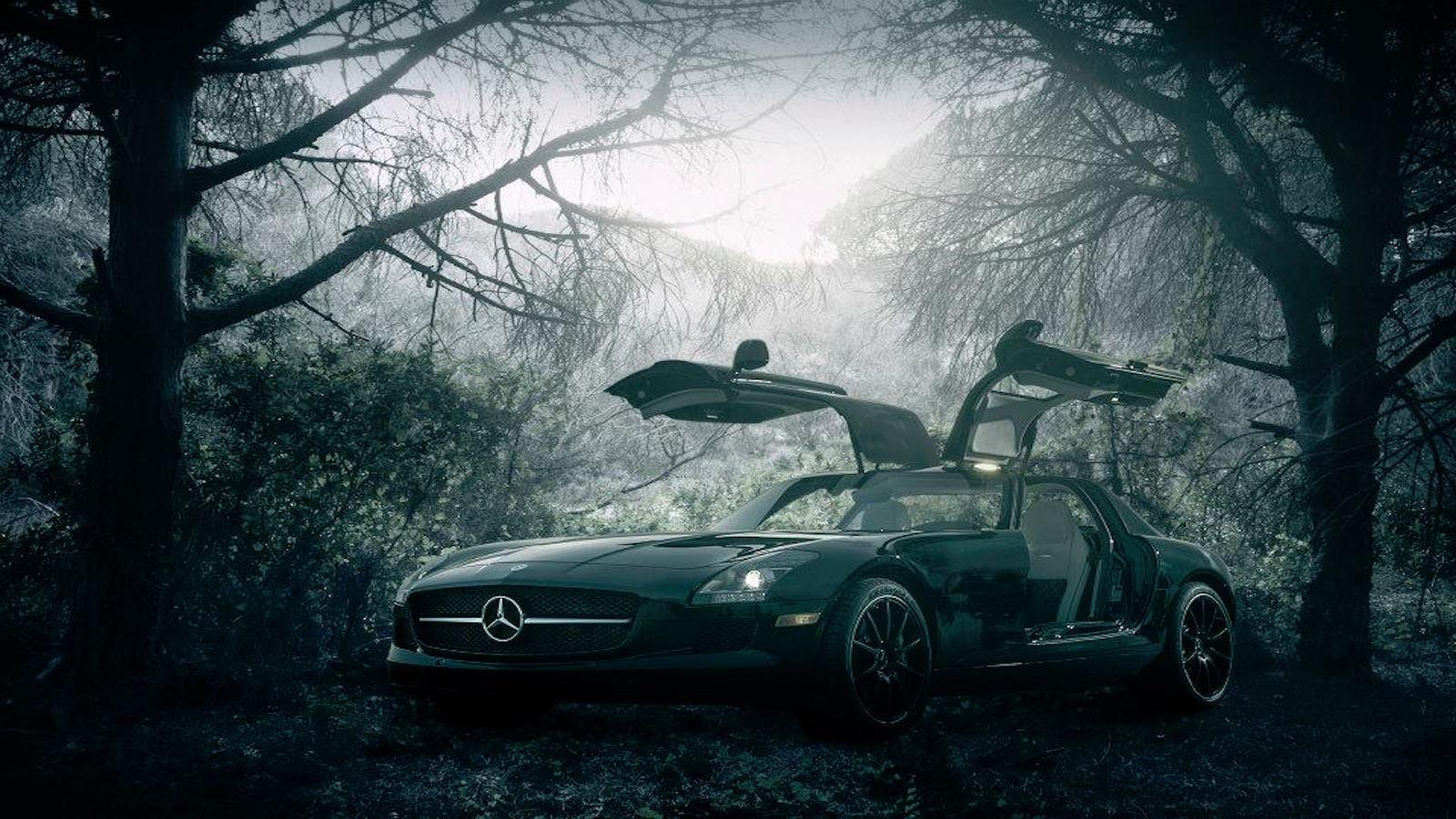 Mercedes-Benz Hollow
