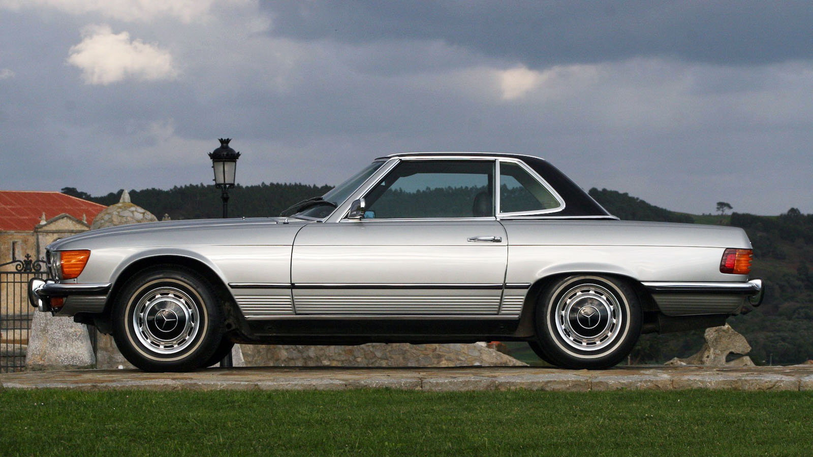 350SL Roadster at CrossCause