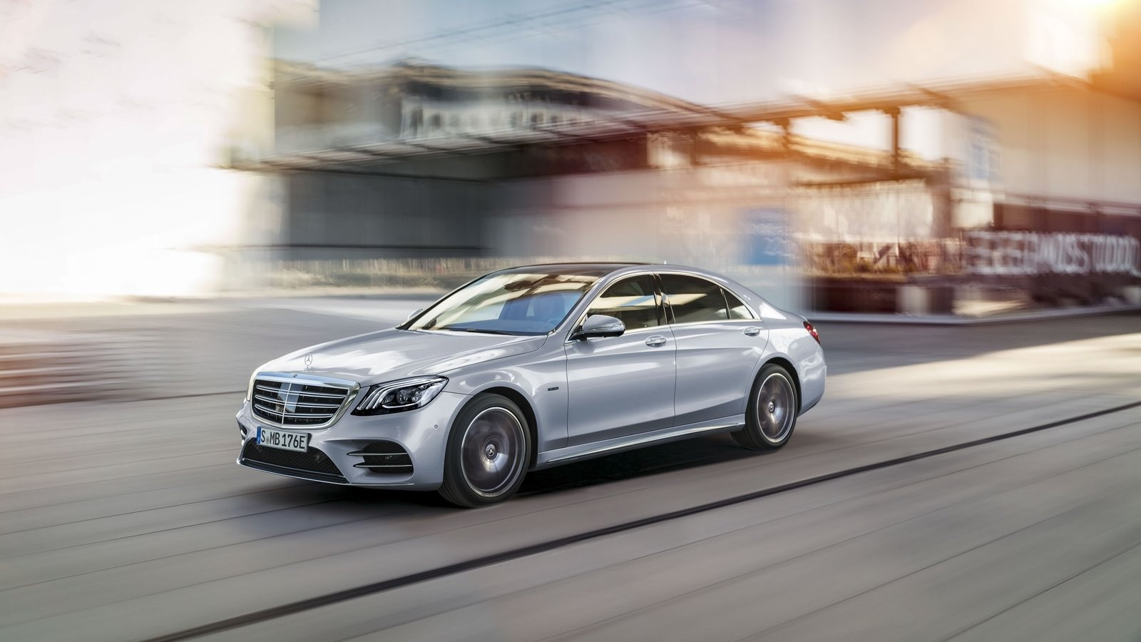 S 560e Plug-In Hybrid is the Sedan MB Needs