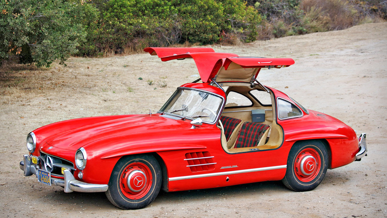 MB to Offer Parts for Classic Gullwing