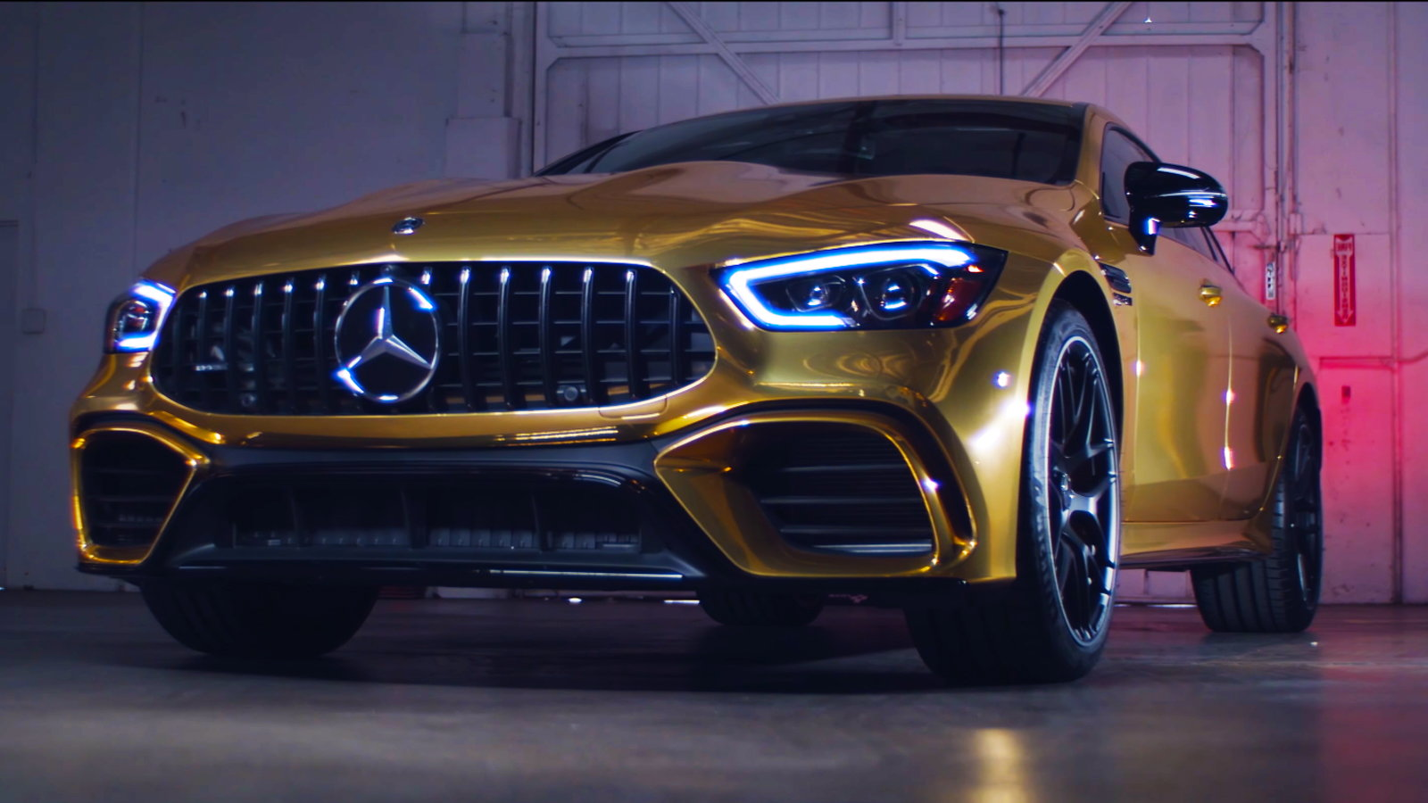 Gold Wrapped AMG GT Attends the Oscars