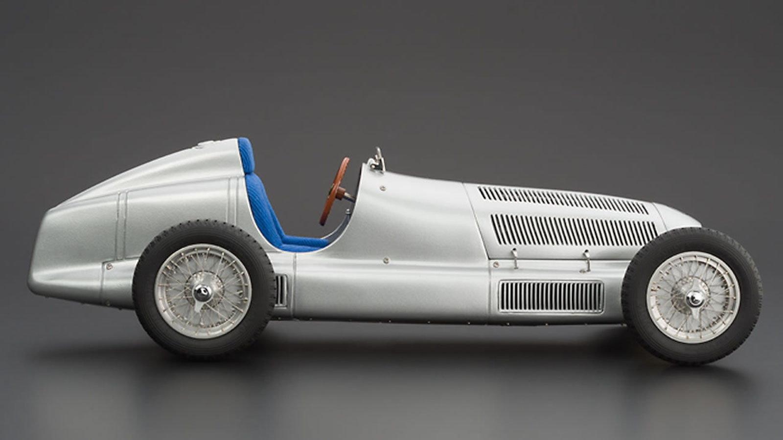 Mercedes-Benz W25 Silver Arrow