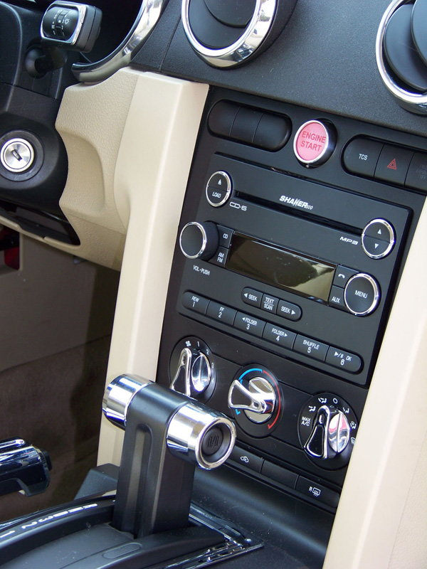 Ford Mustang Stereo