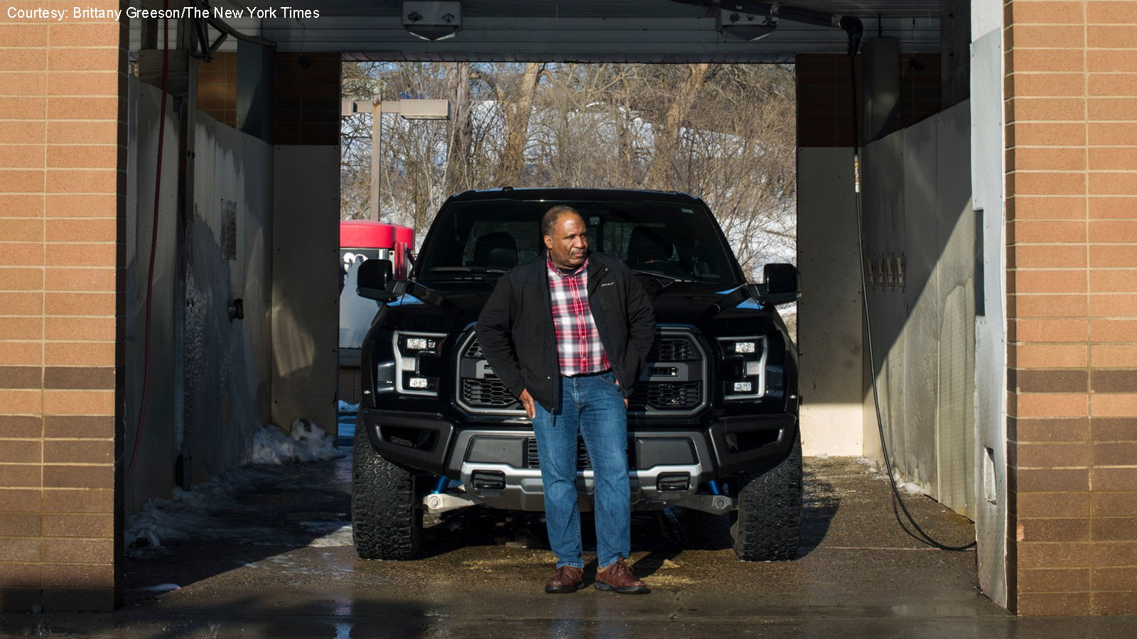 NY Times Reports More Luxury Buyers Switching to Trucks