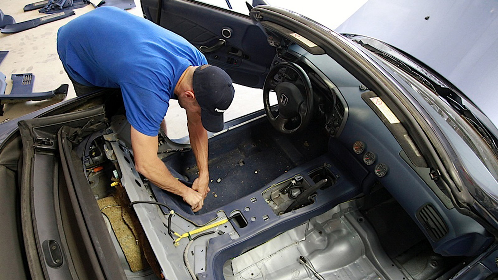Upgrading Plastic Rear Convertible Top Windows to Glass