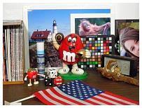 http://www.steves-digicams.com/camera-reviews/olympus/sp-800-uz/P8260041.JPG