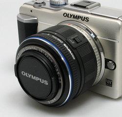 olympus_e_pl1_lens_locked.jpg
