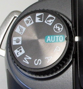 sony_550_controls_dial.jpg