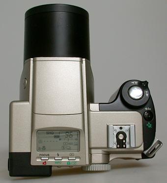 Olympus C-2500L