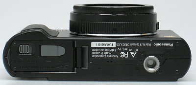 Panasonic_DMC-LX5_bottom.jpg