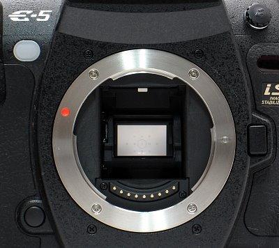 olympus_e-5_lens-mount.jpg