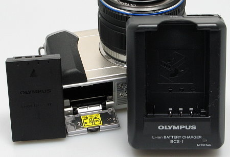 olympus_e_pl1_battery.jpg