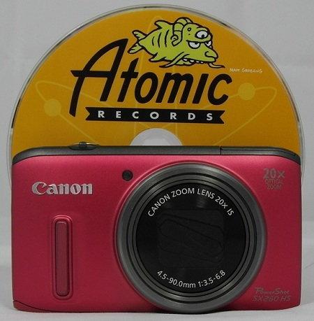 SX260 HS with CD.jpg