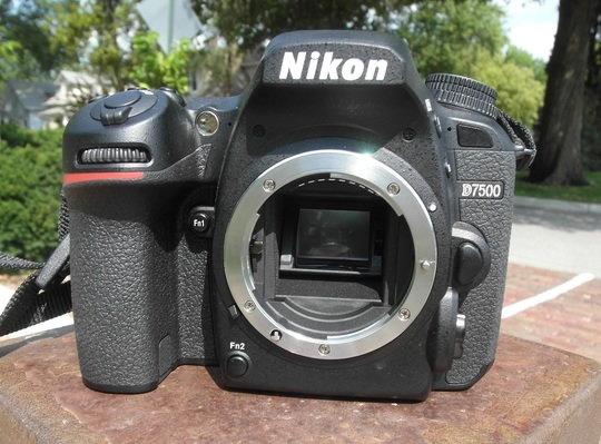 Nikon D7500 no lens.jpg