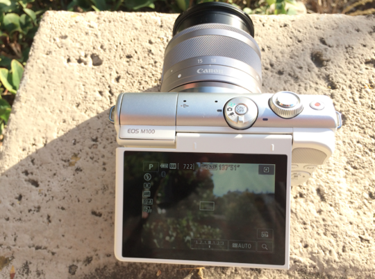 canon m100 touch screen.png