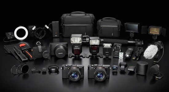 Sony_DSC-RX1R_and_RX1_accessories.jpg