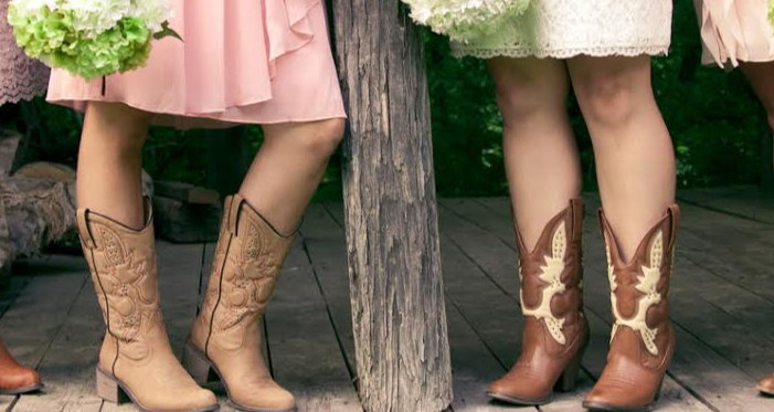 bridesmaids wearing cowboy boots