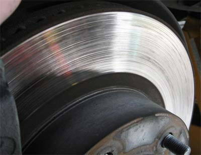 grooves on brake rotors