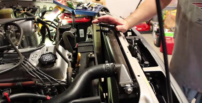 toyota 4runner truck radiator replacement how to DIY