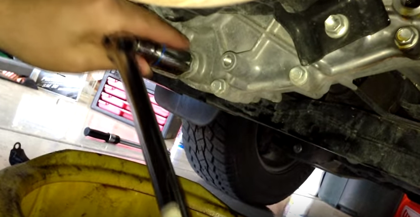 TOYOTA TUNDRA TRANSFER CASE FLUID CHANGE DIY HOW TO