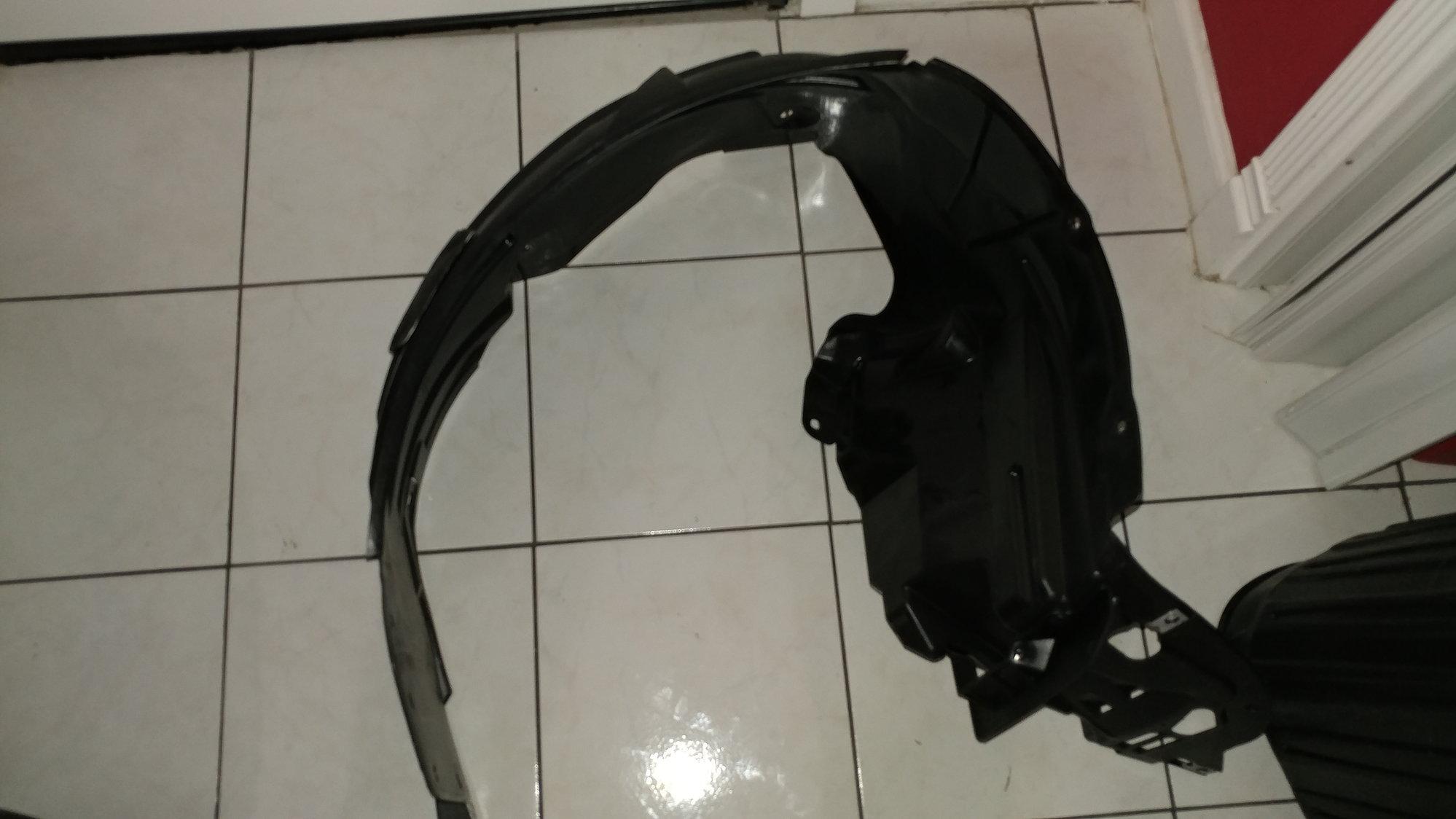 Acura Part No.: 74100-SEP-A10 Fender Assy., R. FR. (Inner)