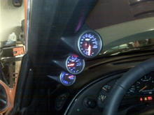 glow shift gauges they change 4 different colors