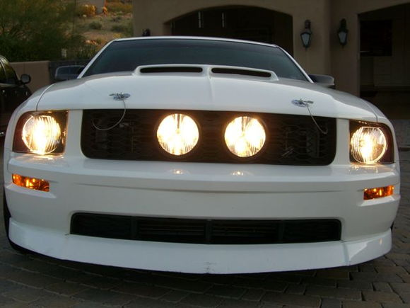 With all lights on.  Planning to get smoked/blacked halo lights with HID's.