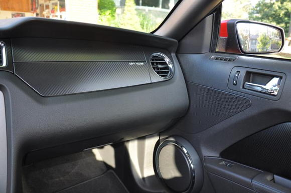 Too bad a regular GT's Dash doesn't look this GOOD….