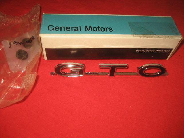 NOS 1964-1969 Pontiac GTO Trunk Lid Emblem
