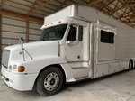 For Sale: Freightliner Toterhome