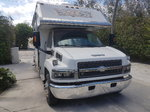 2006 Chevrolet C5500 Pony Express Toterhome - Low Mileage