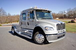 2015 Freightliner® Sportchassis RHA-350 Platinum Onyx Ed