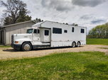Freightliner toterhome  for sale $60,000