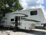 2005 Keystone Raptor Toyhauler  for sale $9,500