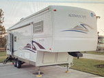 32' 5th wheel MUST SELL BEST OFFER  for sale $15,800