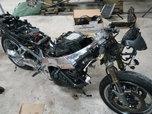 Kawasaki 2001 zx7/9 project  for sale $2,500