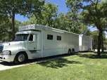 2007 Hauler and 2005 liftgate  for sale $150,000