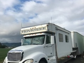 2007 Freightliner Totor with 2007 38' Wildside Stacker  for Sale $169,000