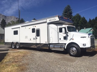 2008 Renegade 2509XG on Kenworth T800  for Sale $135,000