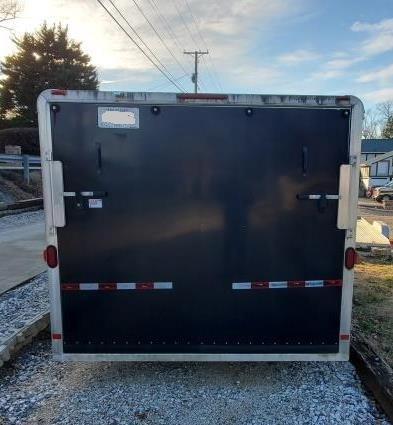 2007 Featherlite 24 ft Enclosed Bumper Pull  for Sale $14,000