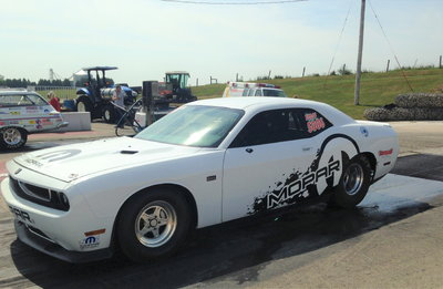 2011  Drag Pak Dodge Challenger #007 NHRA Indy Class Winner