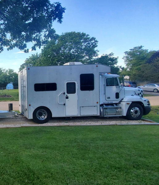 1994 Freightliner Toterhome  for Sale $22,500