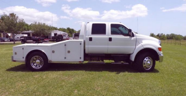 2008 F650 Cummings Allison Push Auto Hauler