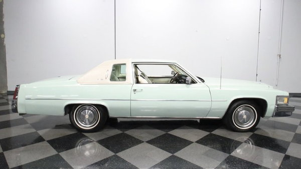 1977 Cadillac Coupe DeVille  for Sale $13,995