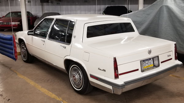 1986 Cadillac DeVille  for Sale $4,700