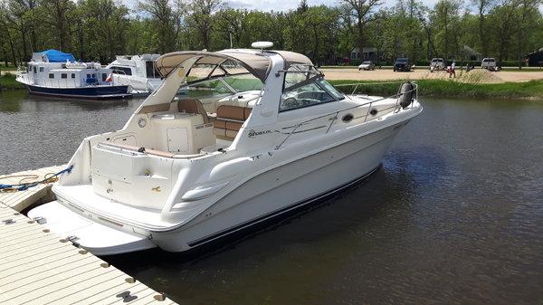 Sea Ray Sundancer 330 DA  for Sale $49,500